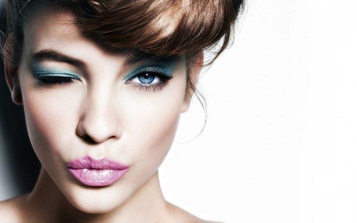 brunette_wink_look_make-up_83657_3840x2400-copy