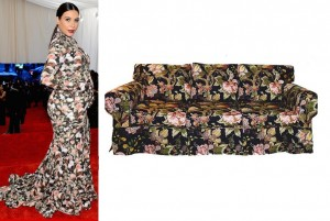 kimk-couch-300x201