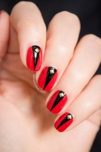 red-nails-studs-black-inserts11