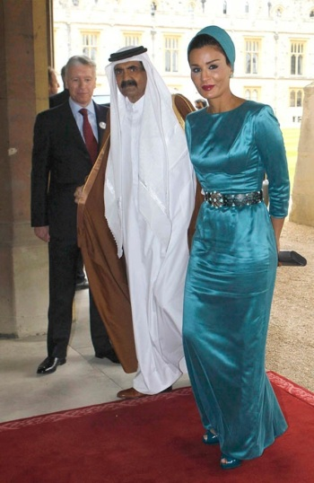 Sheikha-Mozah-Bint-Nasser-Al-Missned-at-Diamond-Jubilee-Lunchleon
